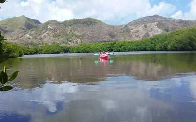 Providencia, Kayak